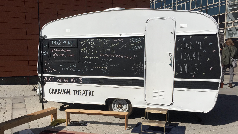 Caravan Theatre Visits DMU Campus