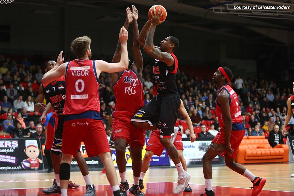 Leicester Riders Pull Through in Fourth Quarter Performance